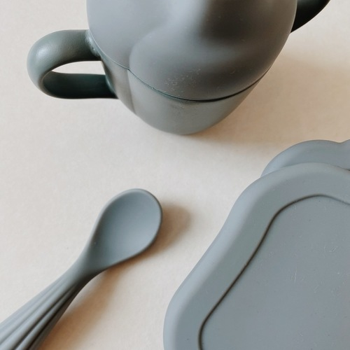 Set vaisselle en silicone Clam Bleu clair Konges Slojd